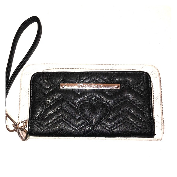 Betsey Johnson Handbags - Betsey Johnson Wallet / Wristlet